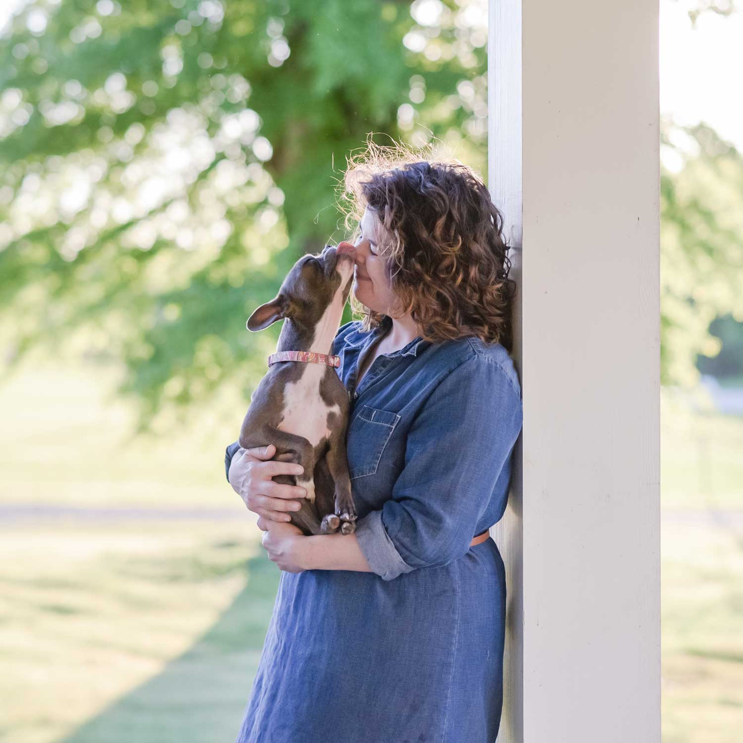 Athens dog photographer Courtney Bryson is an exert in working with dogs.